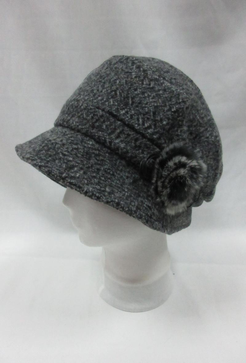 cappello a cloche arricciato sul davanti con rosellina ecologica Grigio