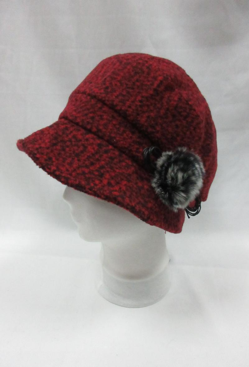 cappello a cloche arricciato sul davanti con rosellina ecologica Rosso