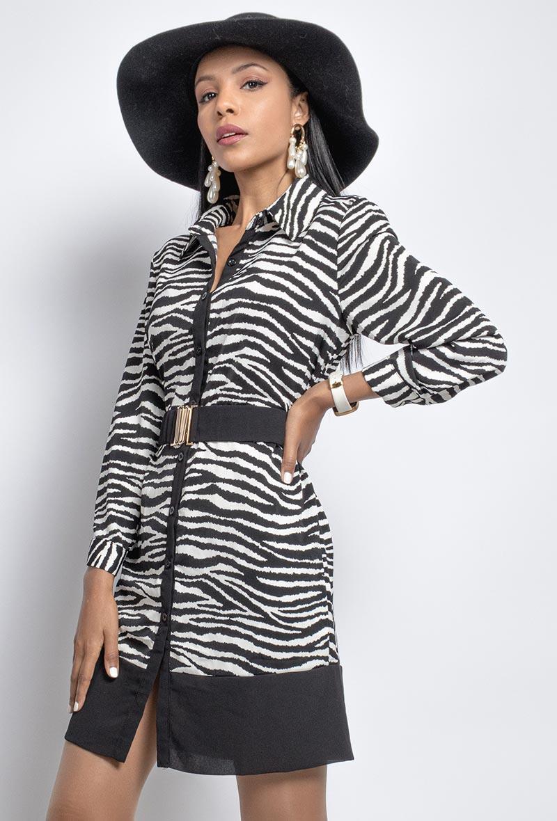 abito modello chemisier in stampa zebrata Bianco/nero<br />(<strong>In vogue</strong>)