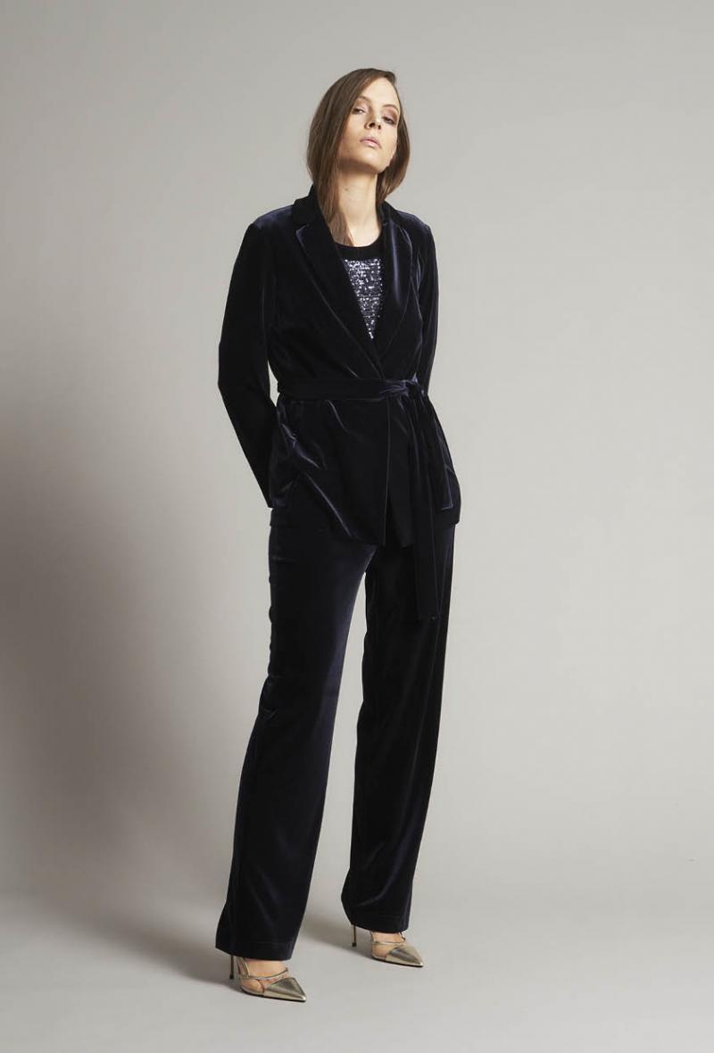 Tailleur pantalone blu velluto liscio Nero<br />(<strong>Piero moretti</strong>)