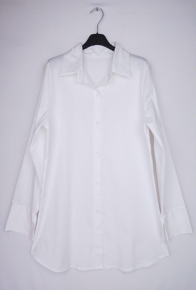 Camicia bianca a manica lunga svasata