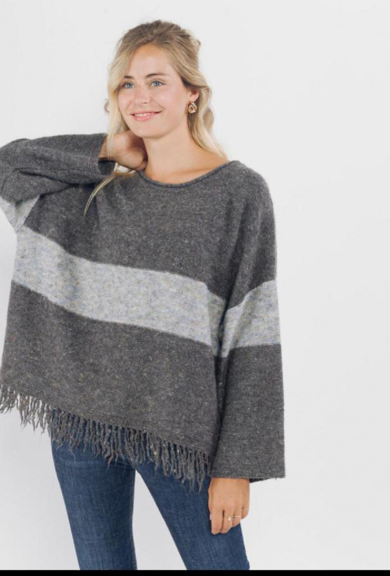 maglione oversize con frange Grigio