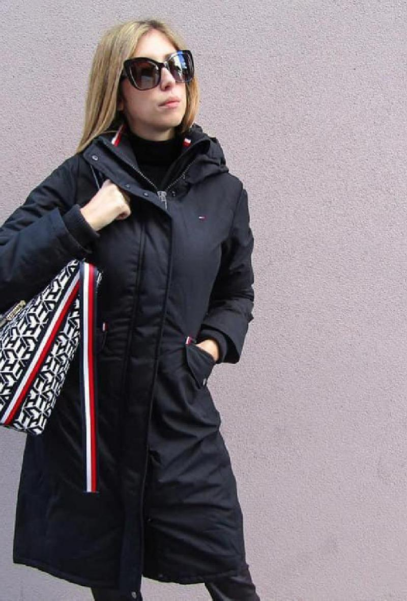 Piumino lungo nero Tommy Hilfiger <br />(<strong>Tommy hilfiger</strong>)