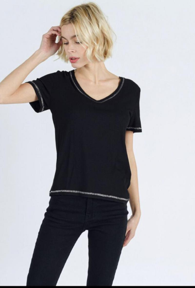 T shirt a mezza manica con scollo a v Nero<br />(<strong>Sweewe</strong>)